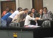 La Comisión de Apelaciones revisó el video presentado como prueba de defensa por parte de River Ecuador. Foto: Tomada de la cuenta Twitter @FEFecuador
