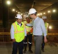 El Alcalde Rodas indicó que pese a las investigaciones a Odebrecht, la construcción del Metro continúa. Cinco de las 15 estaciones ya han terminado su obra civil. Foto: TW de Metro