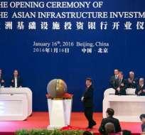 Dos años después de su fundación, el AIIB sigue despertando el interés de nuevos países.
