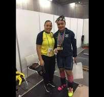 La ecuatoriana Neisi Dajomes obtuvo tres medallas de oro en el campeonato mundial juvenil de halterofilia.