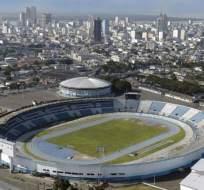 El estadio Modelo Alberto Spencer es la sede para que Fuerza Amarilla reciba a Santa Fe de Bogotá.
