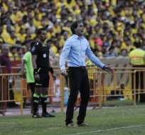 Guillermo Almada se hizo responsable por la derrota de su equipo. Foto: API