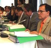 QUITO, Ecuador.- El presidente de la Asamblea dice que si el informe de la Comisión es favorable, el juicio iniciaría este domingo. Foto: API
