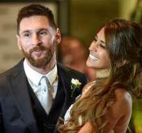 Lionel Messi y Antonella Roccuzzo se casaron en un casino de la ciudad de Rosario. Foto: AFP