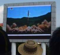 """Los medios norcoreanos anunciaron el lanzamiento como un evento """"histórico"""" y un """"hito""""."""