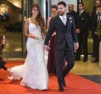 Antonella Roccuzzo y Lionel Messi se casaron en un casino de Rosario el viernes pasado. Foto: AFP