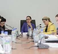 Proponen prohibir que los candidatos tengan dinero en paraísos fiscales. Foto: Twitter @AsambleaEcuador