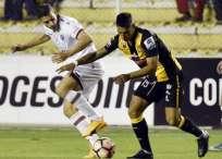Lanús y The Strongest se volverán a enfrentar en agosto, pero en Argentina. Foto: AFP