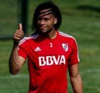 El ecuatoriano Arturo Mina sonaba para Cerro Porteño pero la oferta no satisfizo a River Plate.