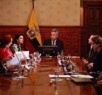 QUITO, Ecuador.- El primer mandatario criticó duramente las condiciones económicas en las que recibió el país. Foto: Cancillería