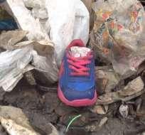 QUEVEDO, Ecuador.- Autoridades investigan el paradero de los familiares del infante. Foto: Captura de Video.