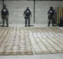 Mediante labores de inteligencia se logró incautar 823 kilos de cocaína, informó  la Policía. Foto: Ministerio del Interior