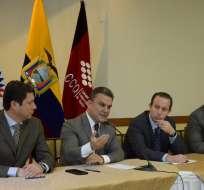 Legisladores del oficialismo y de la oposición mantuvieron taller con gremios productivos ante la Asamblea. Foto: @ppsesa