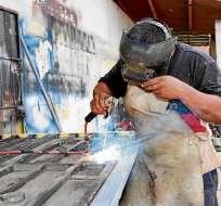 Gobierno plantea incluir otras modalidades de contratación y generar mayor empleo. Foto referencial / eldiario.ec