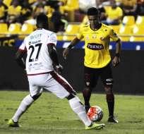 GUAYAQUIL, Ecuador.- El partido se resolvió a favor del elenco canario. Foto: API.