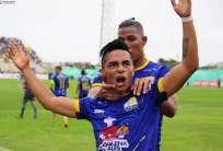 Francisco Mera anotó el primer gol del partido jugado en el estadio Jocay de Manta. Foto: API
