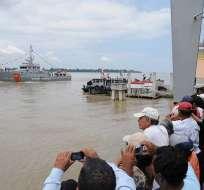 Cinco embarcaciones temáticas llenaron de color el paisaje del río Guayas. Foto: Alcaldía de Guayaquil