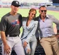 La estrella de Hollywood cumple 48 años el lunes pero celebró por adelantado en Miami. Foto: Instagram
