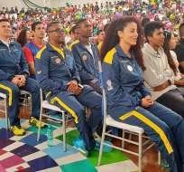 Deportistas de Alto Rendimiento y Medallistas Paralímpicos estuvieron presentes en la ceremonia. Foto: Tomada de la cuenta Twitter @DeporteEc