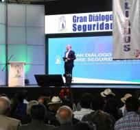 QUITO, Ecuador.- Durante un evento en Quito, el titular de la entidad habló de reformas a la Ley de Seguridad Social. Foto: Twitter IESS