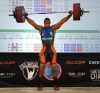David Arroyo logró dos medallas de oro en la categoría 105 kg. Foto: Tomada de la cuenta twitter @DeporteEc
