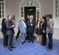 El ministro de Cultura, Raúl Pérez Torres, recorre junto a la viceministra Andrea Nina y el  alcalde  de Loja, espacios culturales en la capital lojana. Foto: Twitter Ministerio de Cultura.