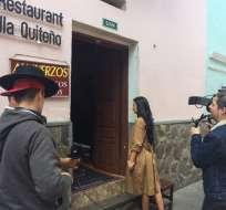 Realizar el videoclip en el país significó un gran reto para directores del audiovisual. En la foto, Giovanna Andrade en Calle La Ronda. Fotos: Twitter Ministerio de Turismo.