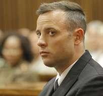 Oscar Pistorius cumple una condena de seis años de prisión por el asesinato de su novia.