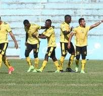Fuerza Amarilla derrotó en su estadio a Universidad Católica de Quito.