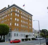 Estados Unidos ha obligado a Rusia a cerrar su consulado en San Francisco y reducir su presencia diplomática en Washington y en Nueva York, al deteriorarse aún más las relaciones entre los antiguos enemigos de la Guerra Fría. Foto: AP