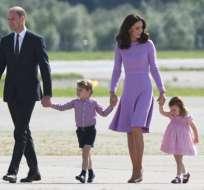 Como en sus dos embarazos previos, la duquesa, de 35 años, sufre de hiperémesis gravídica, una forma extrema de náuseas y vómitos.