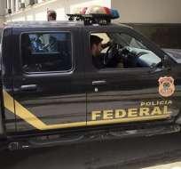 """Unos 70 agentes participan en la operación, bautizada """"unfair play"""". Foto: @jornalopcao"""
