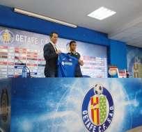 Jefferson Montero fue presentado por la directiva del Getafe como su nuevo jugador.