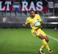 El delantero francés, Kylian Mbappé, debutó con gol en su nuevo equipo, el PSG.