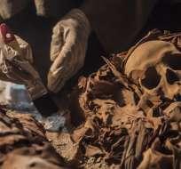 Los hallazgos, que datan de la época del Nuevo Imperio (del siglo XVI al XI a.C) se produjeron en la necrópolis de Draa Abul Naga, cerca de Luxor. Foto: AFP