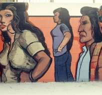 """LOS ÁNGELES, EE.UU.- Fotografía cedida por la Familia OíCadiz de un detalle del mural de Fountain Valley de Sergio OíCadiz Moctezuma, parte de la exposición """"Pacific Standard Time: LA/LA"""". Foto: Tomada de Telemundo."""