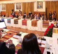 Moreno pidió a los jubilados ser cautos, refiriéndose a la situación económica del país. Foto: Presidencia
