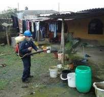 Brigada de fumigación. Foto: Ministerio de Salud