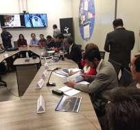 Según Espinosa, se analiza romper el contrato con la empresa que construye edificios en Yachay. Foto: @mromerorivera