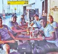 El plantel de Barcelona viajó en la mañana del domingo a territorio brasileño.