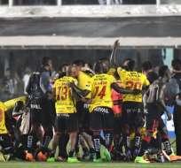 Barcelona obtuvo el pase a semifinales de la Libertadores tras vencer a Santos.