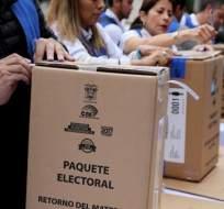 Una de las preguntas que se analizan es que no haya reelección indefinida. Foto referencial