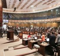 QUITO, Ecuador.- Los asambleístas recibirán $500 menos en su remuneración mensual, según acuerdo ministerial. Foto: Asamblea Nacional