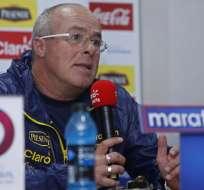 El entrenador argentino habló en rueda de prensa previo al duelo con Chile. Foto: API