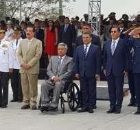 El presidente Lenín Moreno y el alcalde Jaime Nebot presidieron Parada Militar en Guayaquil. Foto:@Presidencia_Ec