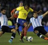 """La prensa argentina habla de un """"incentivo"""" para que Ecuador gane a la Albiceleste."""
