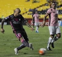 El argentino Ariel Nahuelpan volvió a jugar 90 minutos tras superar una lesión.