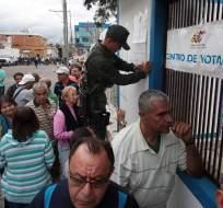 La oposición venezolana advirtió que no reconocerá los resultados de los comicios. Foto: AFP
