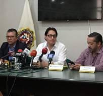 QUITO, Ecuador.- El activista presentará 20 nuevas denuncias de presuntas irregularidades del Gobierno anterior. Foto: Jacqueline Rodas / Ecuavisa
