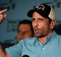 Capriles protesta porque 4 gobernadores opositores se juramentaron ante Constituyente. Foto: AFP